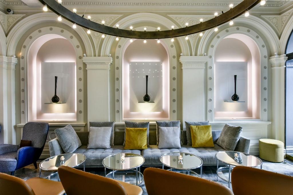 1901 Wine Lounge at Andaz London