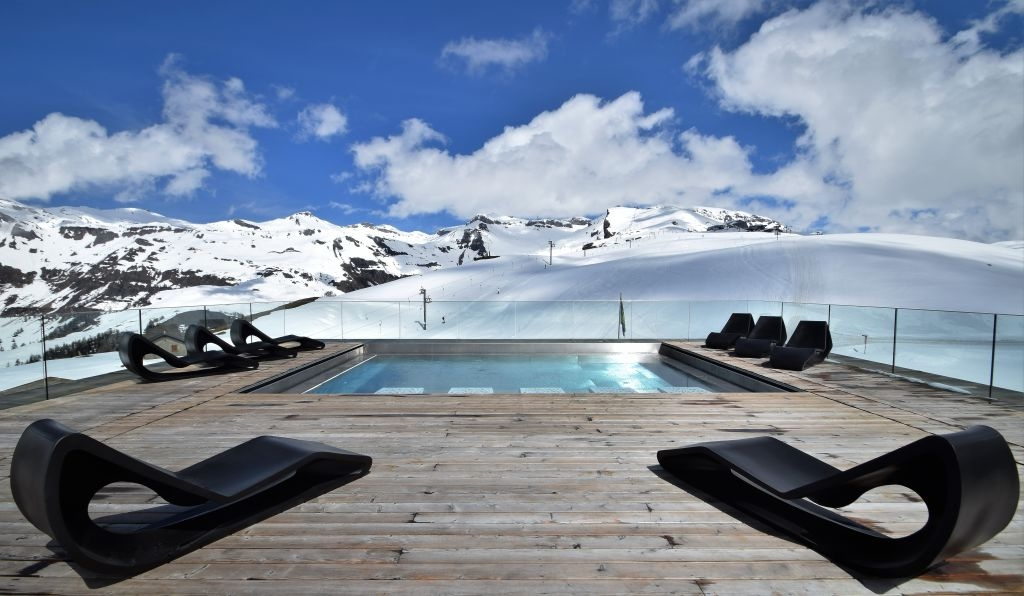 Rooftop pool at the Chetzeron: not your every day experience