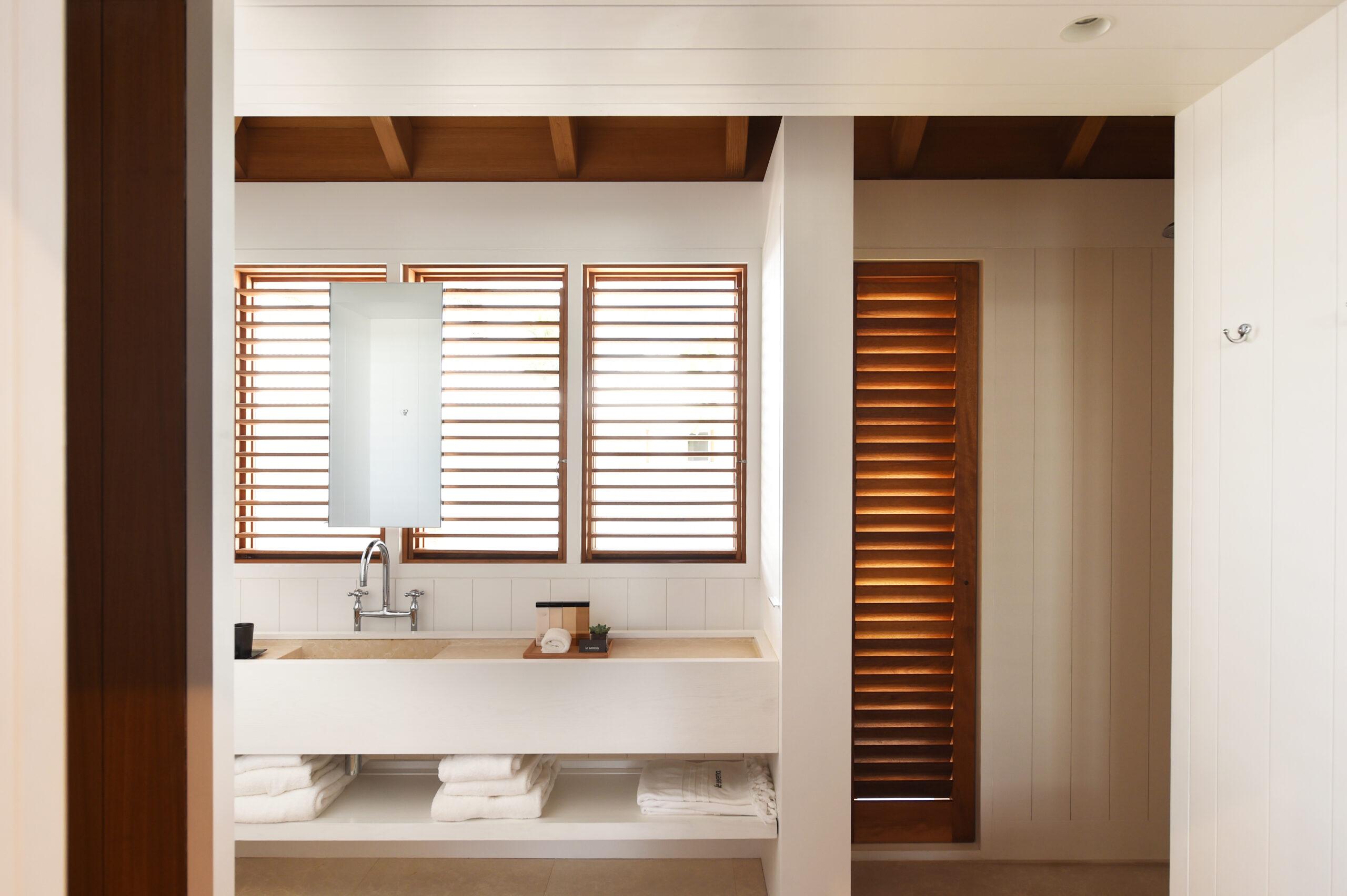 modern tropical bathroom