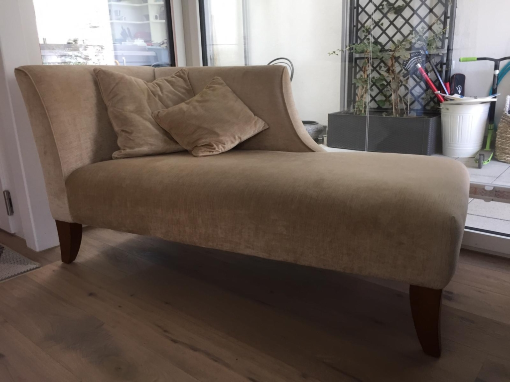 recamiere before re-upholstery