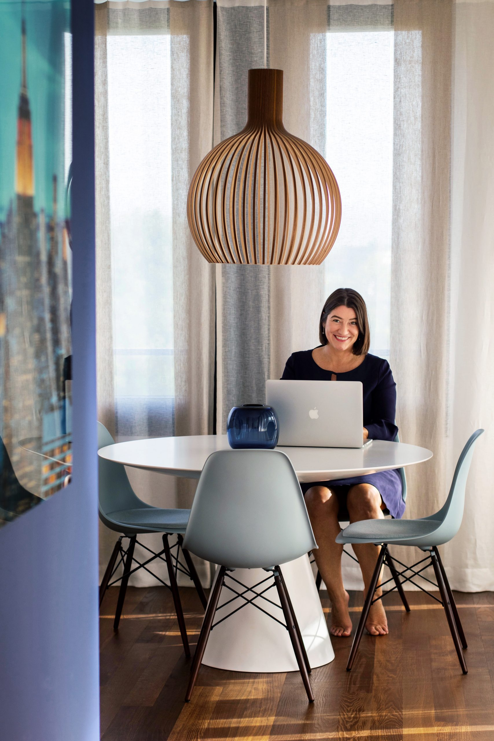interior designer writing blog