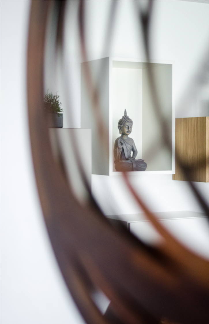 buddha reflecting in mirror