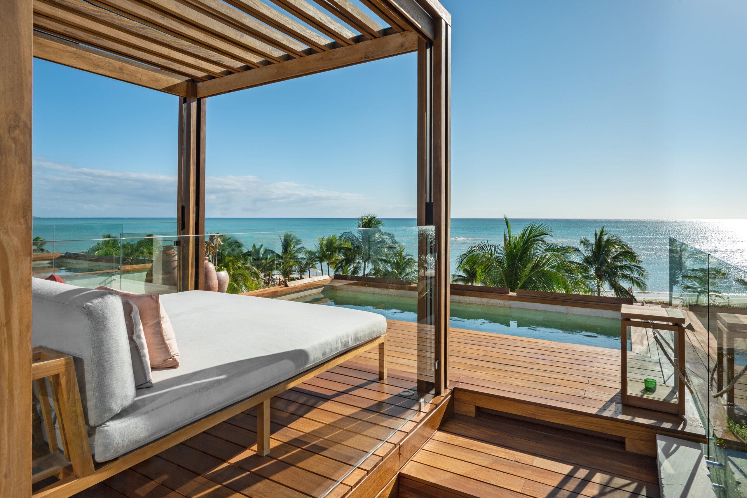 Oceanview Suite Rooftop View